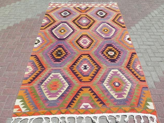 classic-barak-kilim-rug-69x115.jpg