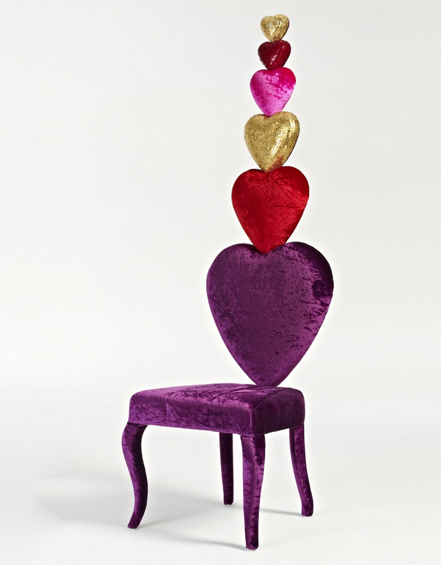 2 heart shaped chair sicis thumb autox807 62663 15 Heart Shaped Furniture and Decor Ideas