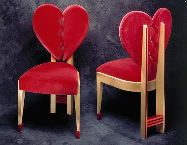 9-heart-shaped-chairs.jpg