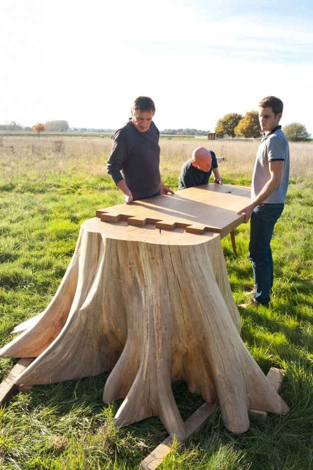 2 racine carree square roots table thomas de lussac thumb autox945 62905 It Took 8 Months to Uproot Tree Stump and Form the Square Root Table
