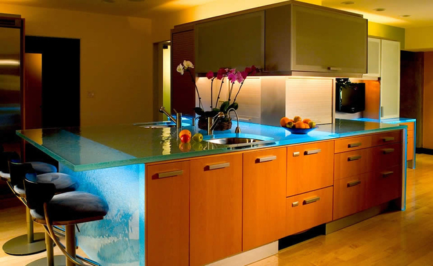 modern-countertops-unusual-material-kitchen-glass-thinkglass-3.jpg