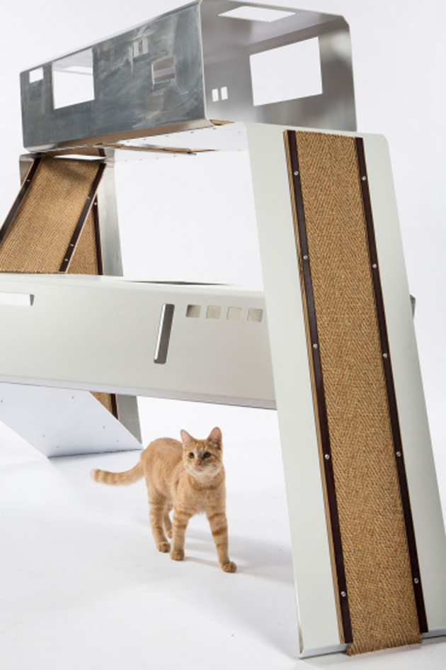 6-la-architects-design-cat-shelters-charity.jpg