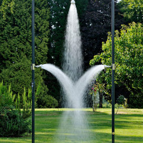 Cool Backyard Shower – outdoor shower ideas by d'un jardin a l'autre
