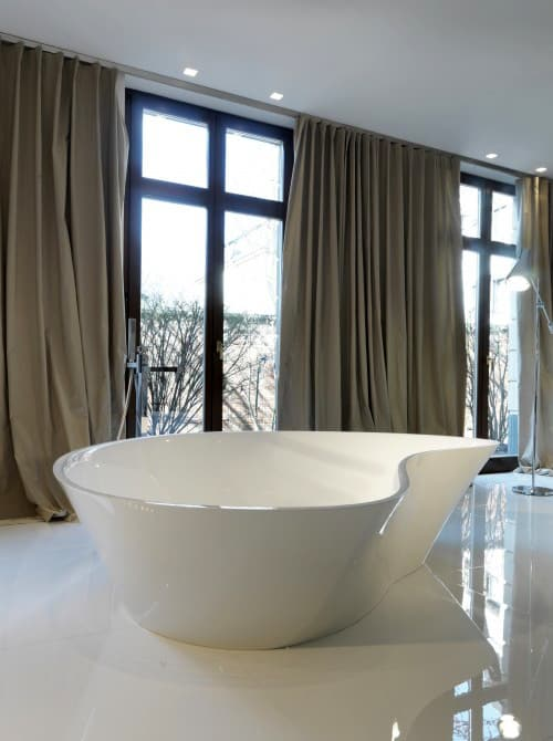 bathroom-with-seating-falper-level-45-3.jpg