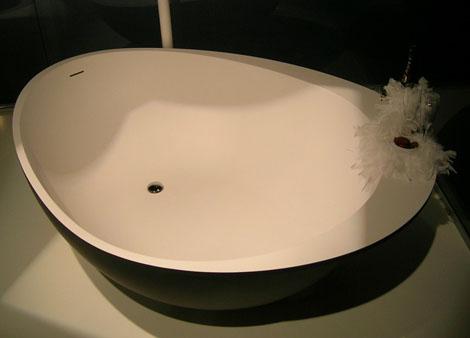 black bathtubs white interior mastella 2