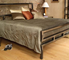 Metal Bed Frame from Boltz – bed classics
