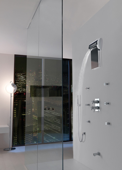 bossini shower aquavolo 3 Waterfall Shower becomes Rain Shower in one flip!