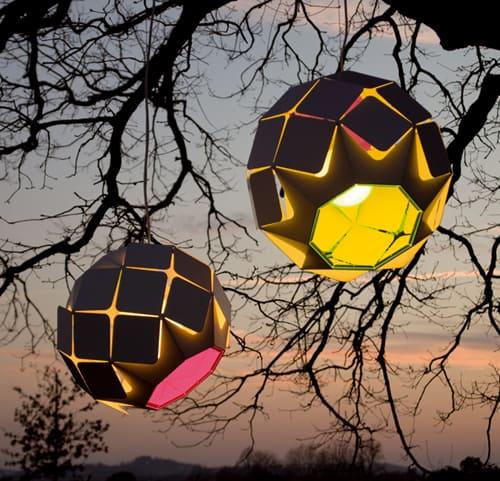 bysteel outdoor lights clover 1 Fluorescent Outdoor Lights by Bysteel