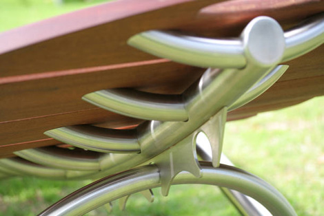 calanc-outdoor-furniture-lounger-3.jpg
