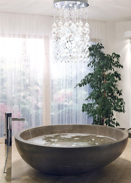 Limestone bathroom from cappellini greta for Limestone tub