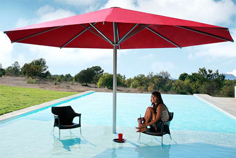 Caravita Big Ben large umbrella spans up to six meters and comes with lighting