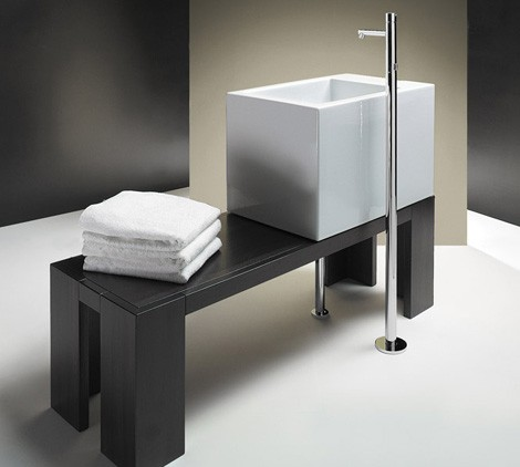 Catalano Bathroom Ceramic 1