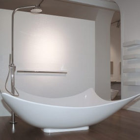 A New Dimension in Bathing:  Ceramica Flaminia's new Leggera Bathtub