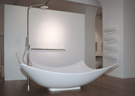 ceramica flaminia leggera bathtub A New Dimension in Bathing:  Ceramica Flaminia's new Leggera Bathtub