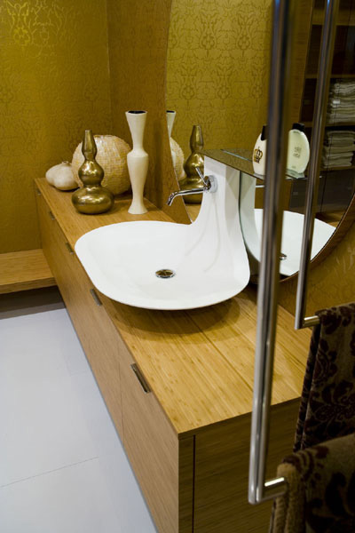 Cerasa Maori bath vanity in bamboo finish
