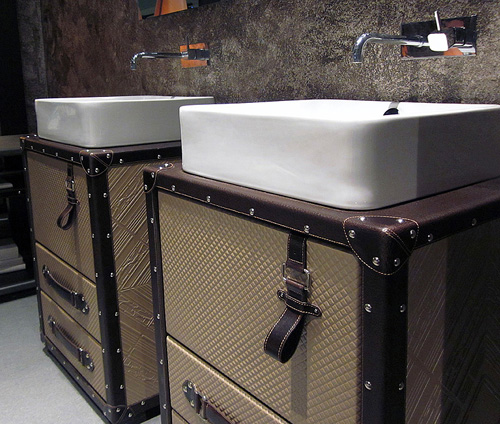 coleccionalexandra bathroom furniture 3 Unusual Bathroom Furniture   cosmopolitan style by Collection Alexandra