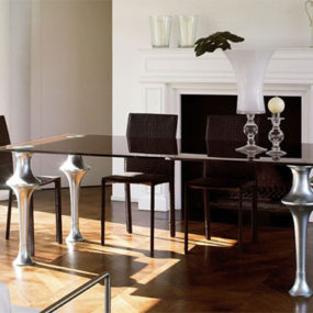 Glass Dining Table from Colico Design – the Artu is a Timeless, Exclusive table