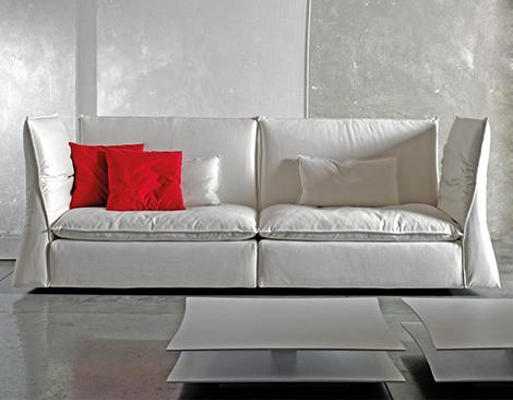 comfy-lounge-sofa-saba-italia-les-femmes-2.jpg