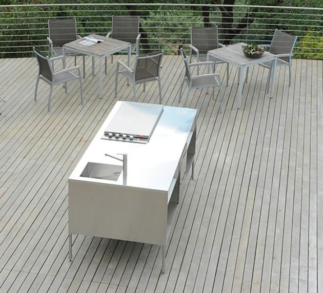 compact-outdoor-kitchen-island-artusi-arclinea-5.jpg