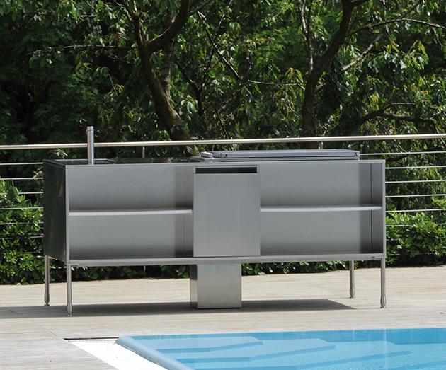 compact-outdoor-kitchen-island-artusi-arclinea-6.jpg