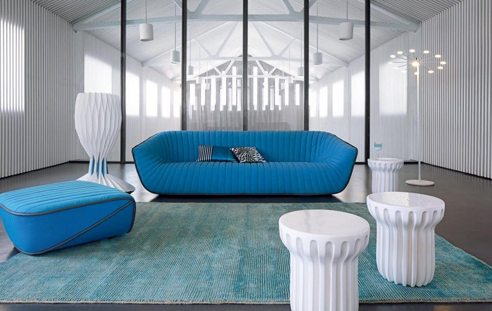 Chic blue sofa from roche bobois nautil by cedric ragot for Canape roche bobois