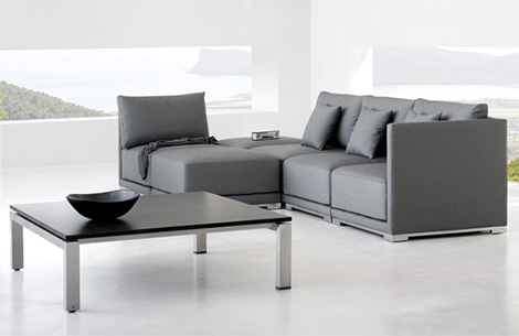Lovely Contemporary Zen Style Outdoor Furniture By Manutti