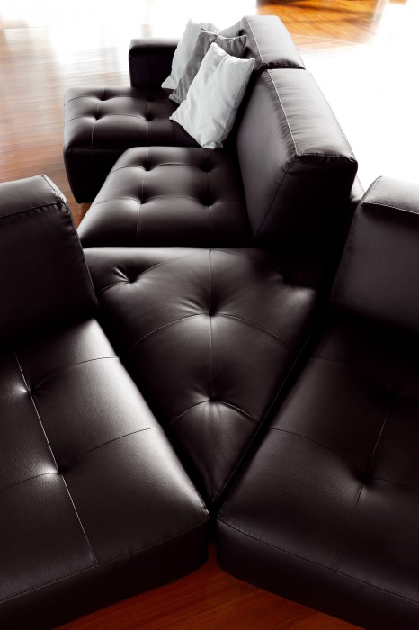 cool-leather-sofas-ditre-italia-4.jpg