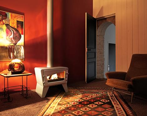 cool-wood-stove-wood-burning-cast-iron-invicta-ch-ti.jpg