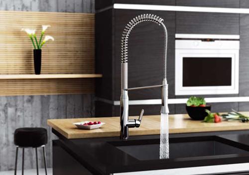 cosmopolitan-kitchen-faucet-grohe-k7-5.jpg