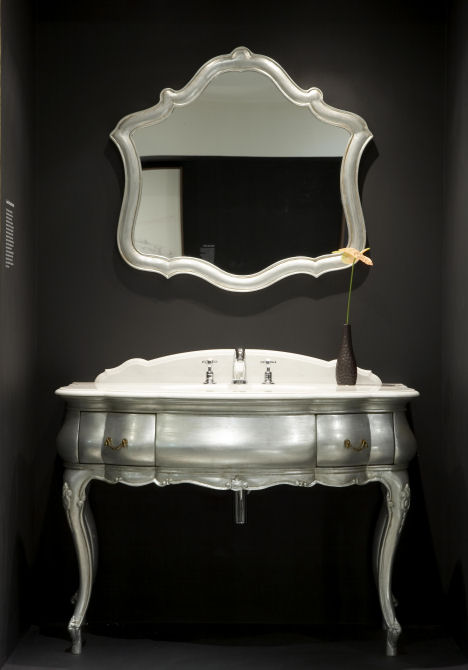 cp hart argento basin mirror Argento Vanity and Mirror from CP Hart   an Italian antique replication