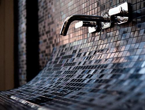 curved-bathroom-sink-mosaic-tile-skin-lago-4.jpg