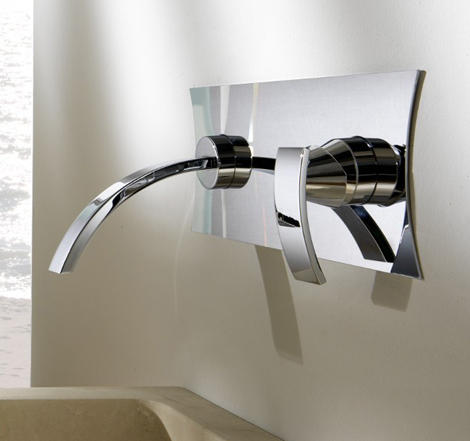 curved spout faucets gattoni 2 Curved Spout Faucets by Gattoni