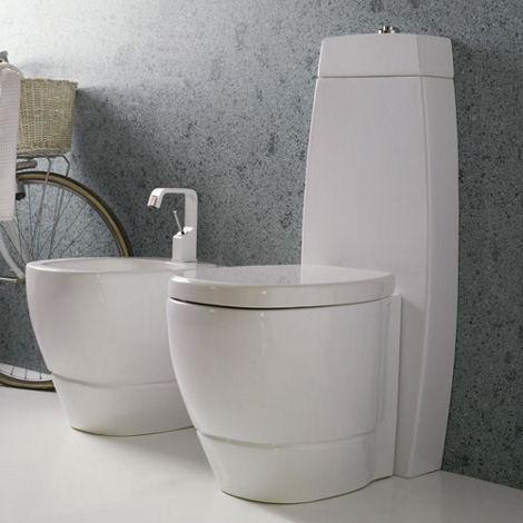 desegno ceramica tratto bidet toilet Contemporary Bath Suite by Disegno Ceramica   new Tratto