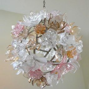 Design Chandeliers – glass chandelier by Elizabeth Lyons