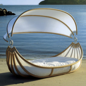 Outdoor Canopy Beds – Float bed by Design Mobel will make your romantic dreams come true …