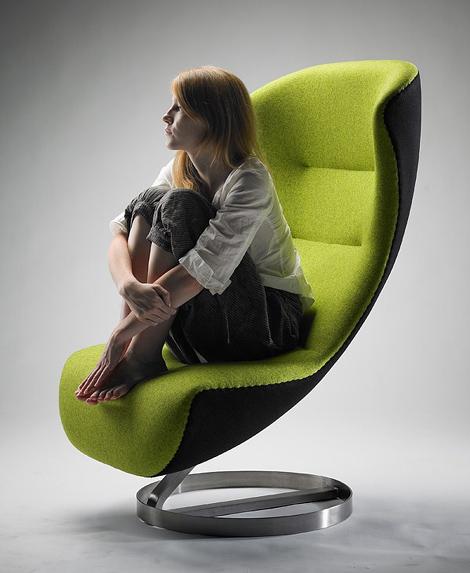 designer-lounge-chairs-oversized-nico-klaeber-3.jpg