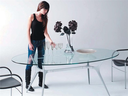 Dining Table By Bd Barcelona Design