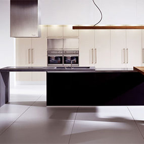 Striking Linear Kitchen from Doca – Sedamat Negro