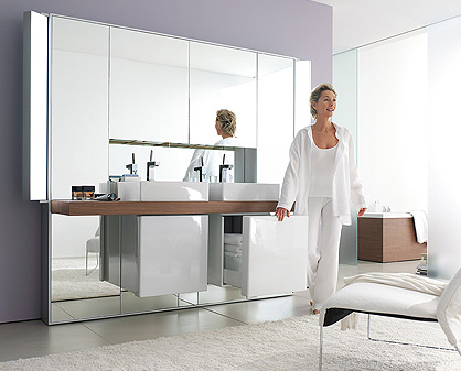 duravit mirror wall system 2 Mirror Wall System from Duravit   the Mirrorwall opens up your bathroom environment