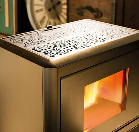 eco-friendly-pellet-stoves-mcz-cube-3.jpg