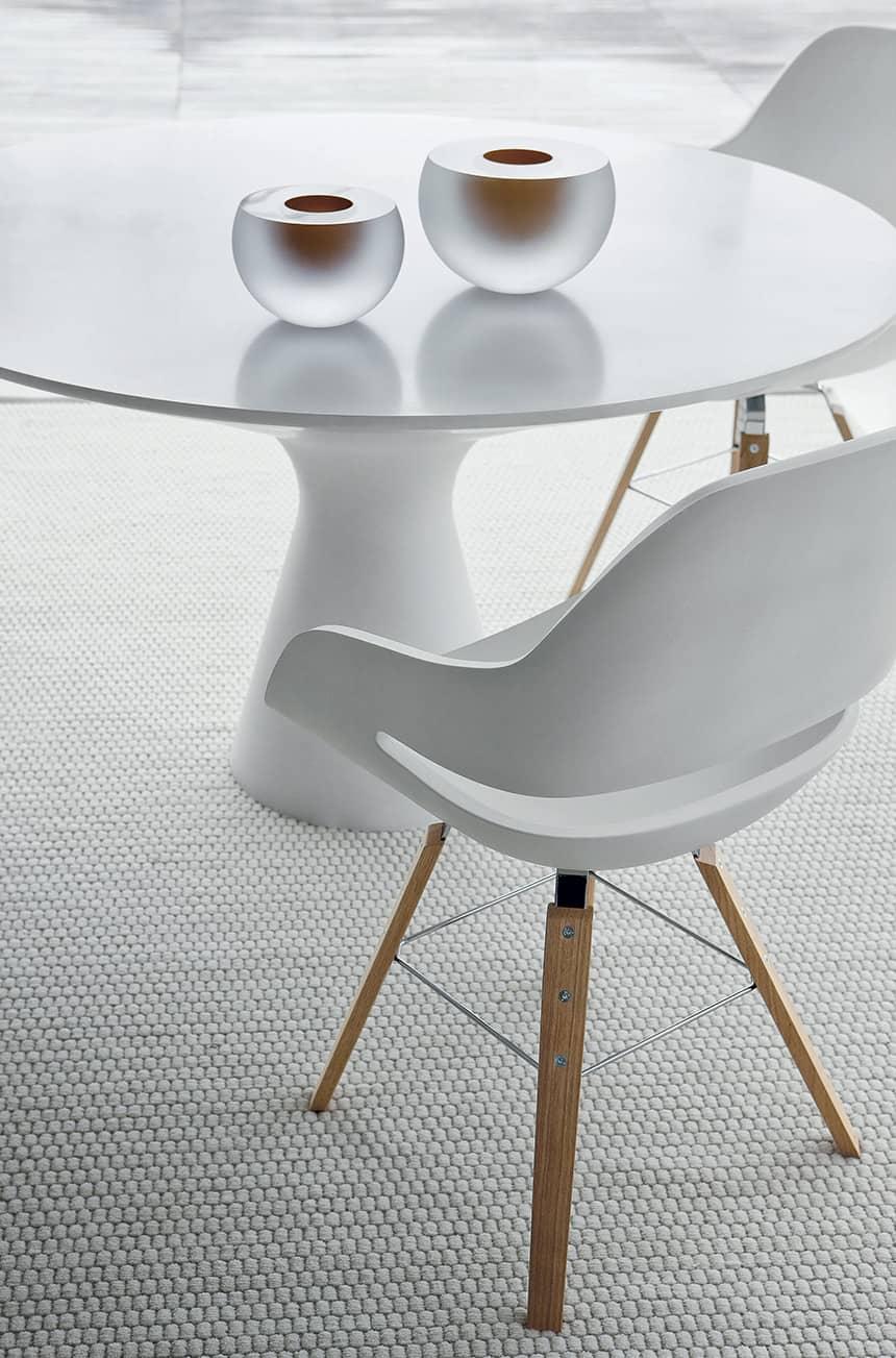 View In Gallery Elegant White Pedestal Table Blanco By Zanotta 2 Thumb 630x954 22902