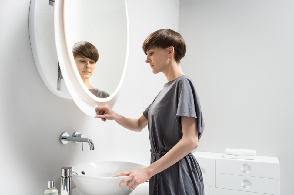 View In Gallery Ergonomic Extendable Mirrors By Miior Ella 2 Thumb 630x416 8993 Wall Mounted Mirror