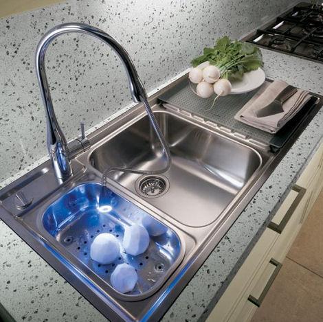 ernestomeda-supreme-kitchen-eve-kwc-faucet.jpg