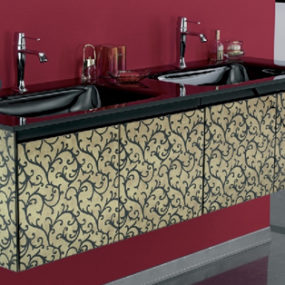 Eurobagno Cristal Vanity offers swirling motif on etched glass