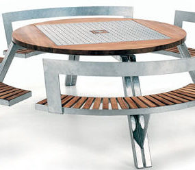 Outdoor Furniture by Extremis – the adjustable Gargantua furniture