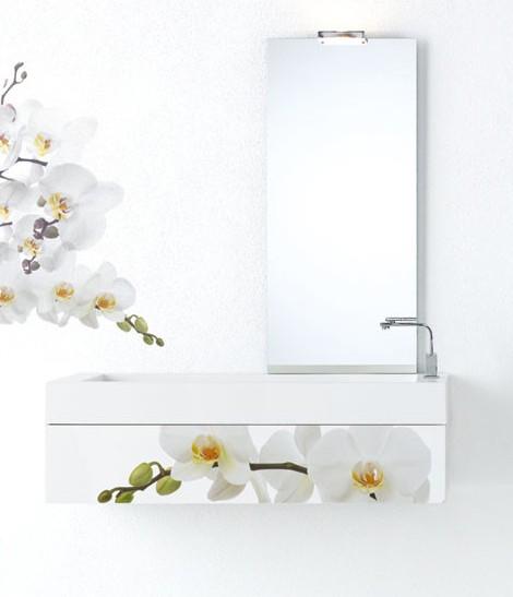 Modern Bathroom Furniture – white floral decor by Fratelli Branchetti