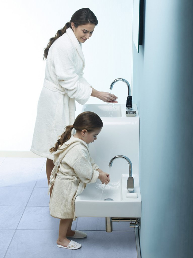 family basin by vitra 1 Fashionable function in the bathroom: Family Basin by VitrA