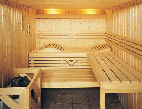 finnleo custom dry sauna grande interior Custom Sauna from Finnleo   luxury sauna with Grande Interior