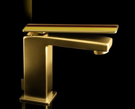 fir-italy-gold-glam-faucet.jpg
