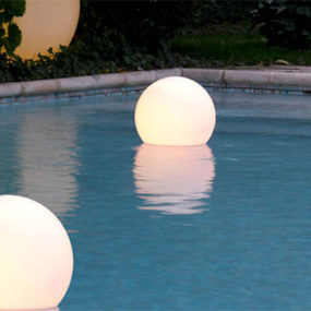 Floating Sphere Light by Slide – Globo